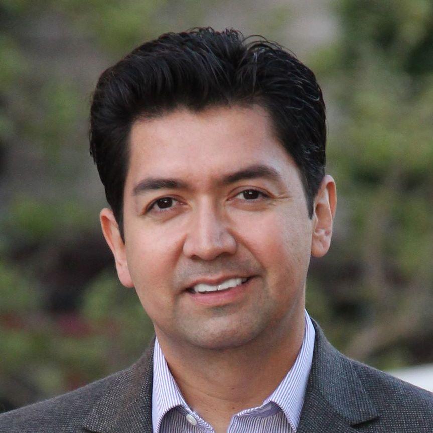 Gavin Contreras
